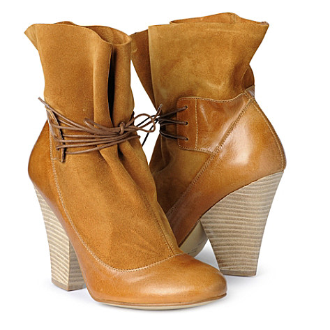 Willoughby lace–up boots